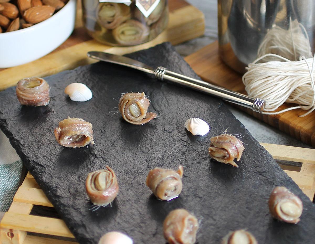 amazon-gourmet-acciughe-con-mandorle